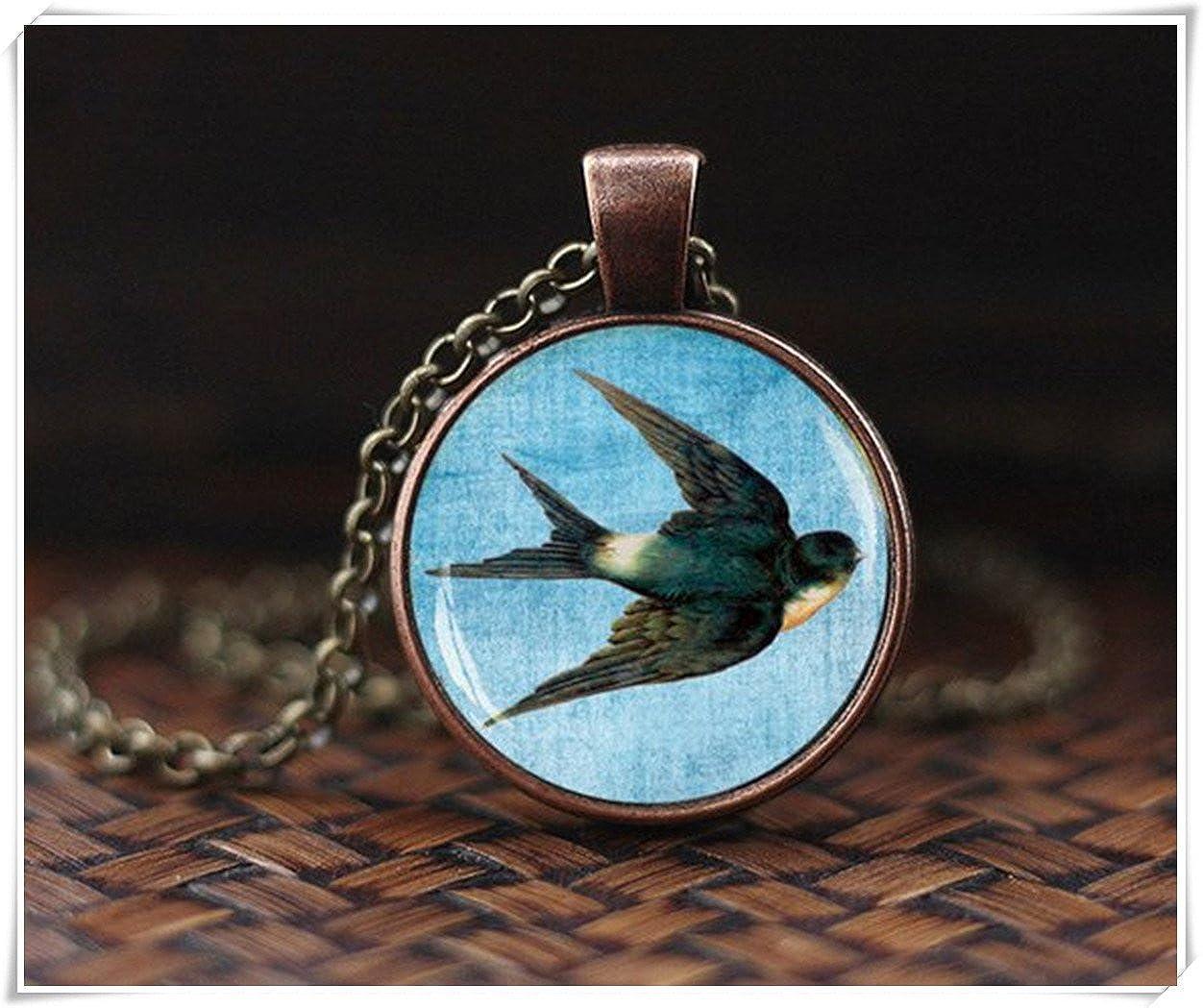 pendentif Animal un superbe Cadeau. bijoux collier vintage hirondelle Art Collier hirondelle Oiseau Collier Pendentif hirondelle Bird