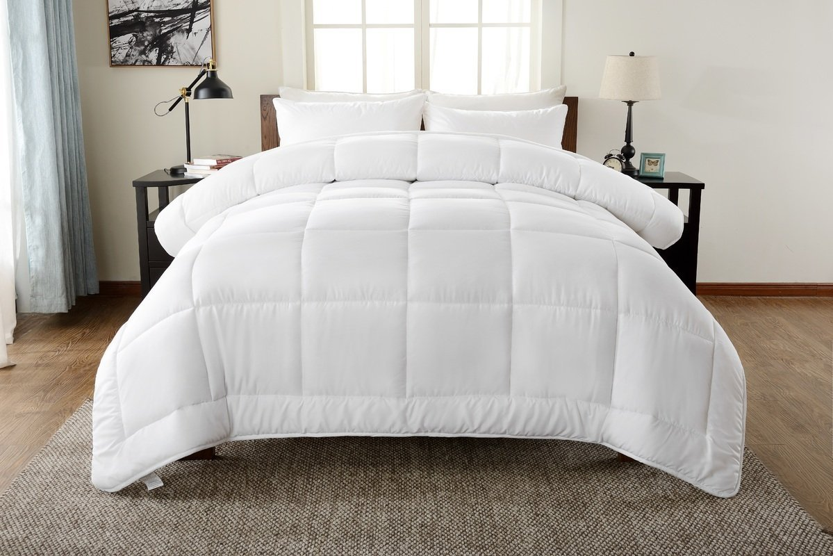 Down Alternative Comforter Duvet Insert King White Solid - Hypoallergenic, Plush Siliconized Fiberfill, Box Stitched Exclusively by Lavish Linens