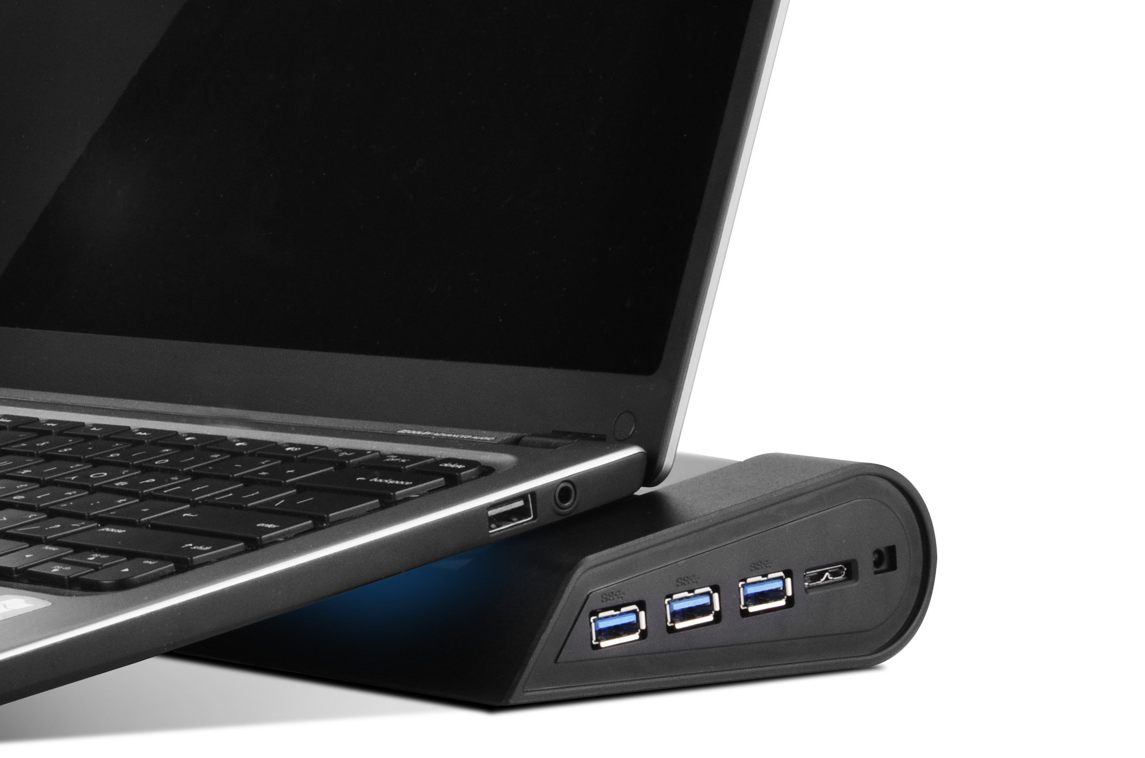 Silverstone Tek Multifunctional Laptop Cooler with Crossflow Fan, Networking Capabilities and 3x SuperSpeed USB 3.0 Ports (NB05B) by SilverStone Technology (Image #4)