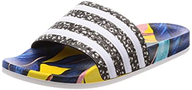 de86e7e171 Adidas Adilette W, Chaussures de Plage & Piscine femme - Multicolore  (Supcol/Ftwbla
