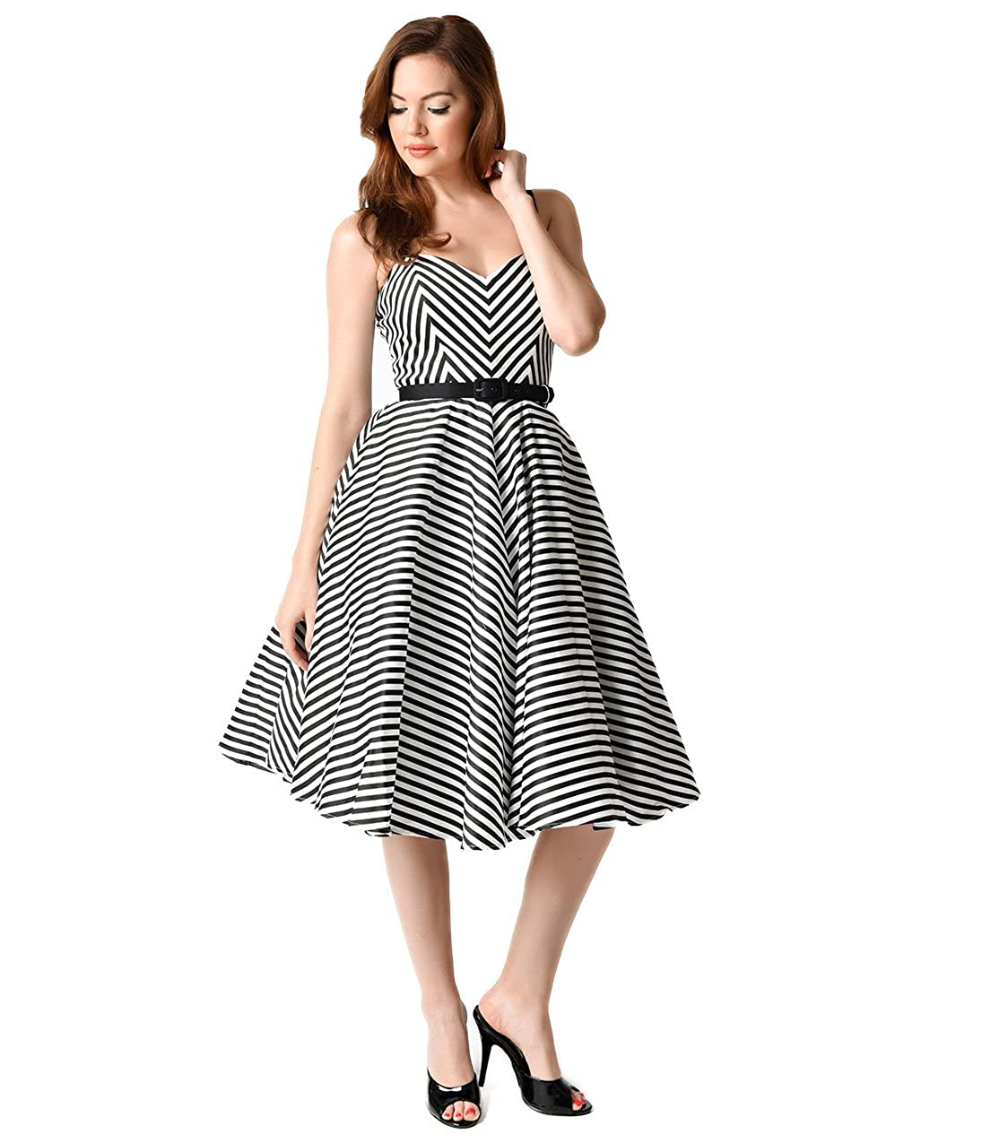 4bb2863e7cf72 Unique Vintage Vixen by Micheline Pitt Black Chevron Stripe Dollface Swing  Dress: Amazon.ca: Clothing & Accessories