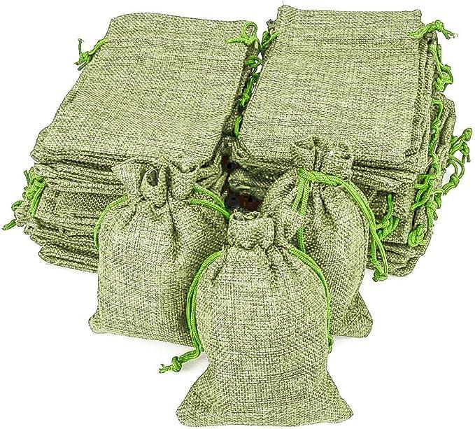 Image ofRUBY - 50 bolsitas Saco de Yute 9,5 cm x 13,5 cm, Bolsas de Regalo, bolsitas de Tela Bolsas Yute para Joyas, Bolsas de arpillera con cordón, Saco Navidad, Saco carbón, bolsitas Regalos (Verde Claro)