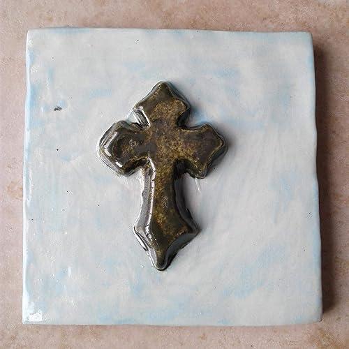 Amazon Com Templar Cross Fine Porcelain Decorative Tile Gold Pale