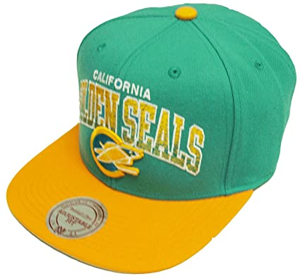 877f1762514 Mitchell   Ness Stack California Golden Seals Snapback EU092 Cap ...