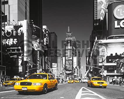 Poster New York Taxi.Amazon Com New York City Times Square Yellow Taxi Cab Photo Print