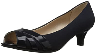 31cef7cbc7 Amazon.com | LifeStride Women's Lottie Pump | Shoes