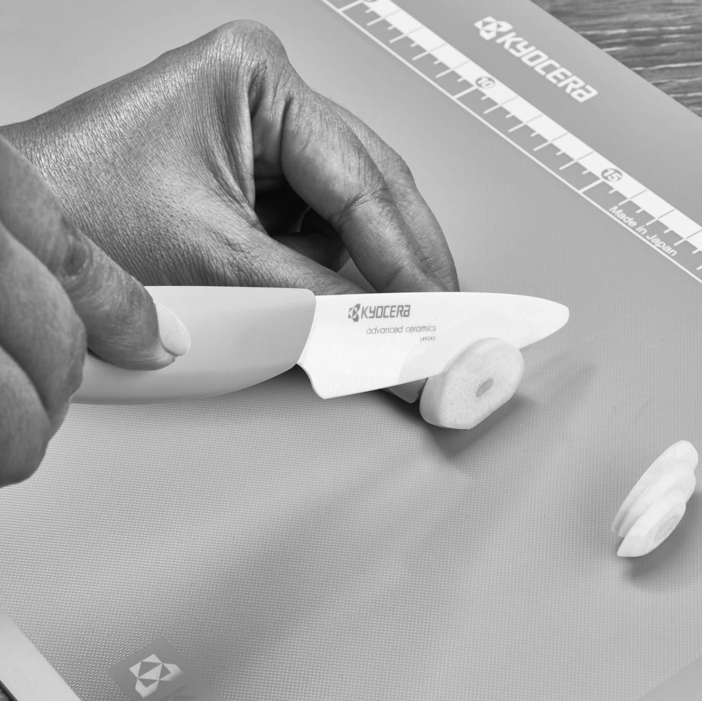 KYOCERA KYOCOF-WH WH - Estuche con Cuchillo Santoku y Cuchillo pequeño de precisión, Hoja de cerámica y Mango ergonómico Color Blanco