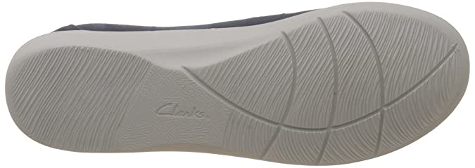 acd027ea446 Clarks Women s Sillian Rest Loafers and Moccasins  Buy Online at Low Prices  in India - Amazon.in