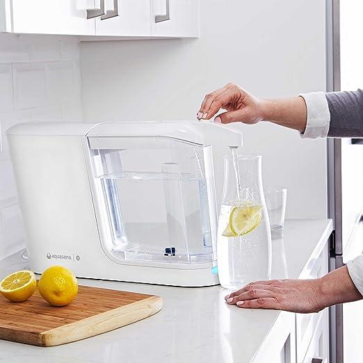 Aquasana aq-cwm-w-rb 16 oz capacidad diseño ultrafino activo dispensador de agua potable filtrada máquina en color blanco con 1-liter, jarra de vidrio: ...