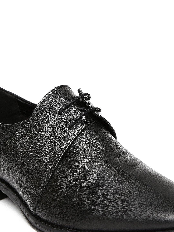 28aa7eeef0 Van Heusen Men Black Leather Derby Shoes (7UK)  Buy Online at Low Prices in  India - Amazon.in