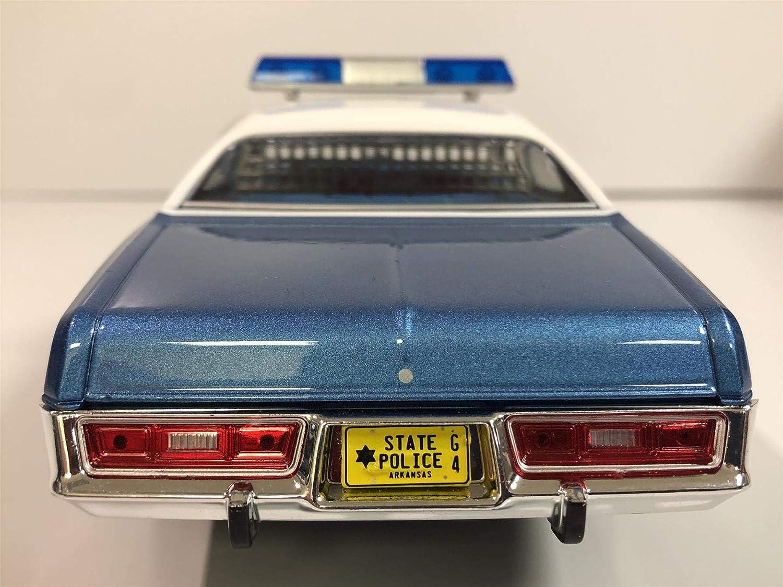 GREENLIGHT  84102 1//24 1975 PLYMOUTH FURY ARKANSAS POLICE SMOKEY /& THE BANDIT