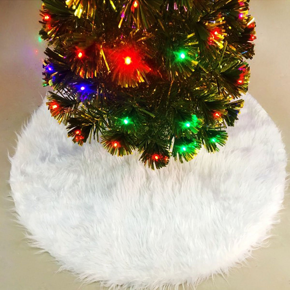 ThinkTop Christmas Tree Skirt Faux Fur Tree Skirt Pure White Plush Round DIY Home Decoration Ornaments for Xmas New Year Holiday Party (35.5'', White)