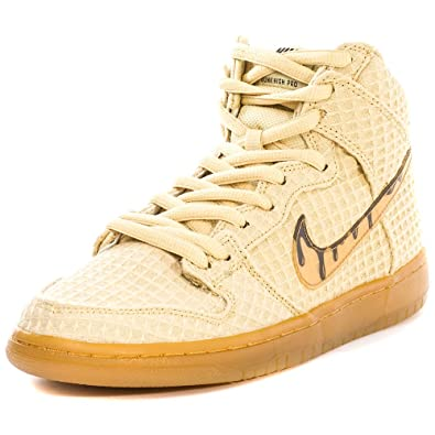 2570e1c2 Nike Mens Dunk High Premium SB Chicken and Waffles Flat Gold Star/Classic  Brown Fabric