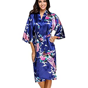 50bfb81b97 FLYCHEN Women s Satin Dressing Gowns Peacock Blossoms Bridesmaid Kimonos  Nightwear Robes