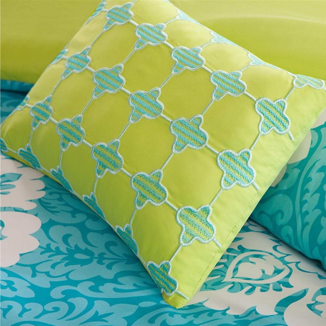 Modern Teen Bedding Girls 4 Piece Reversible Comforter Set Aqua Teal Blue Lime Green Floral Damask Print. Includes Bonus Sleep Mask From Designer Home. (Twin/twin Xl) by ID (Image #5)