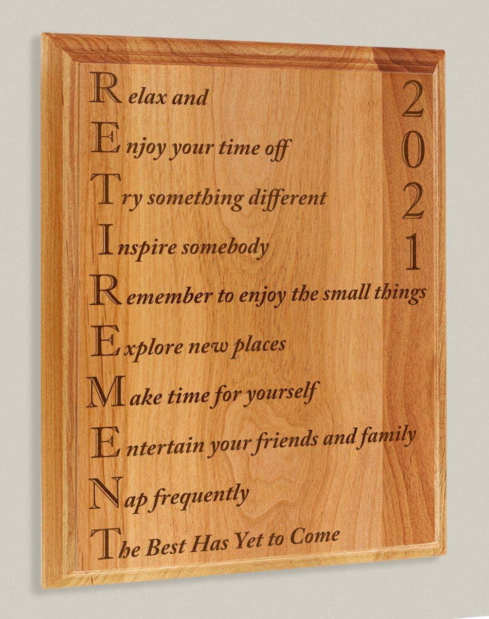 Amazon Com Thiswear Retirement Gifts Women Men Retirement 2021 Retired Poem Retirement Gift Ideas Coworker 7x9 Oak Wood Engraved Plaque Wood Home Kitchen