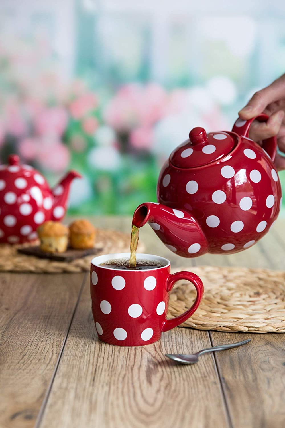 London Pottery 4 Cup Globe Teapot Red with White Spots