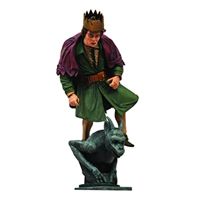 DIAMOND SELECT TOYS Universal Select Hunchback Action Figure: Toys & Games