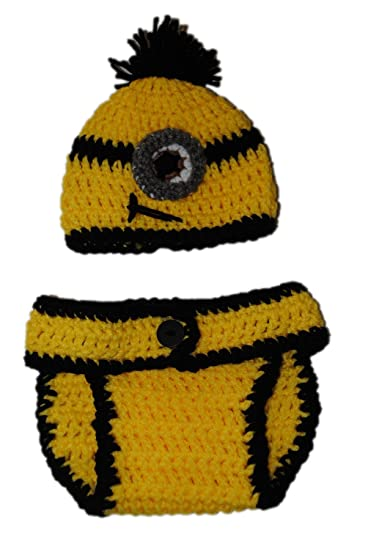 Amazon.com   Minion Inspired 6-12 Month Diaper Cover Set with Beanie Hat  Gift Set 1 Eye   Baby 877201c1a237