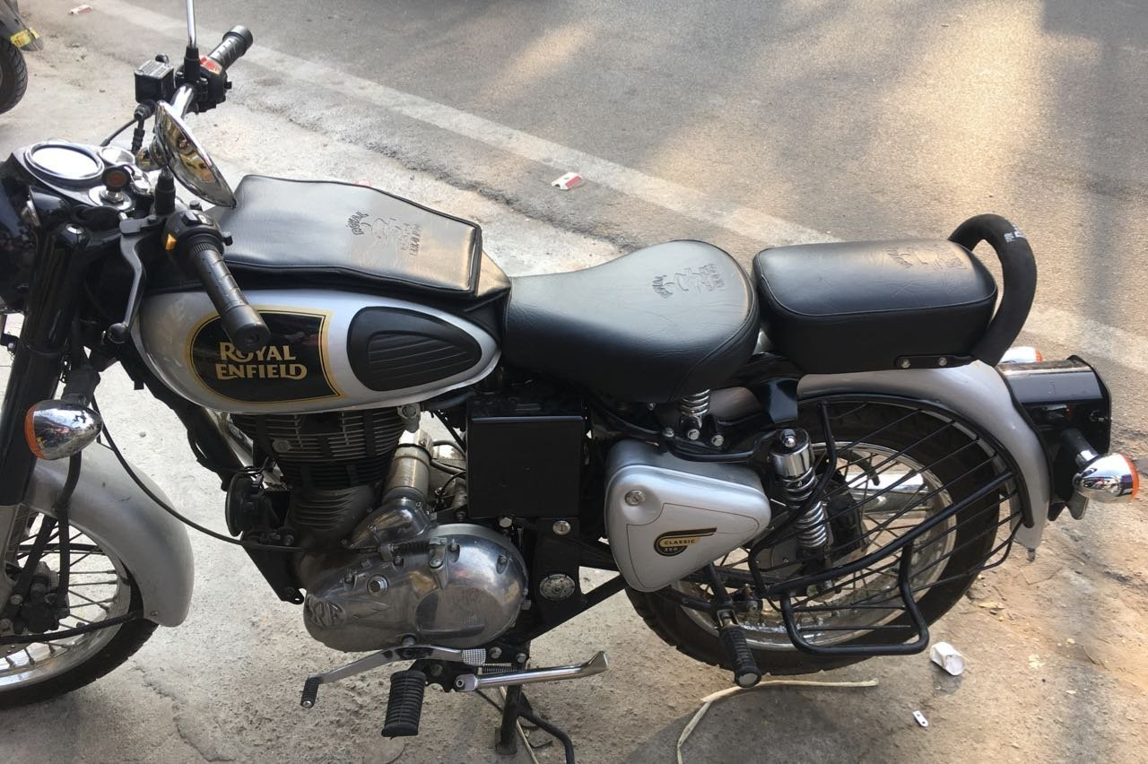 Sahara Seat Cover and Foam Tank Cover for Royal Enfield classic 350/500
