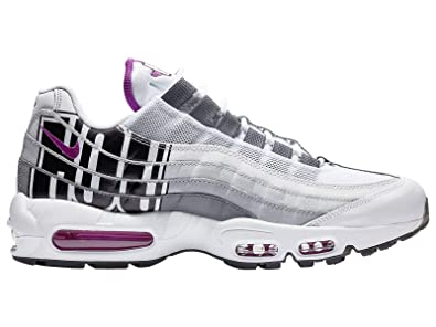 separation shoes 9d8b7 ae1e1 Amazon.com | Nike Men's Air Max 95 Leather Casual Shoes ...