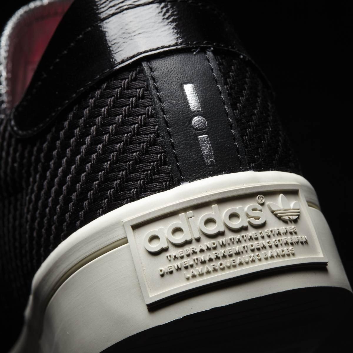 sale retailer 1e548 3041f Scarpe CourtVantage Nero 2016 Adidas Originals Amazon.it Sport e tempo  libero