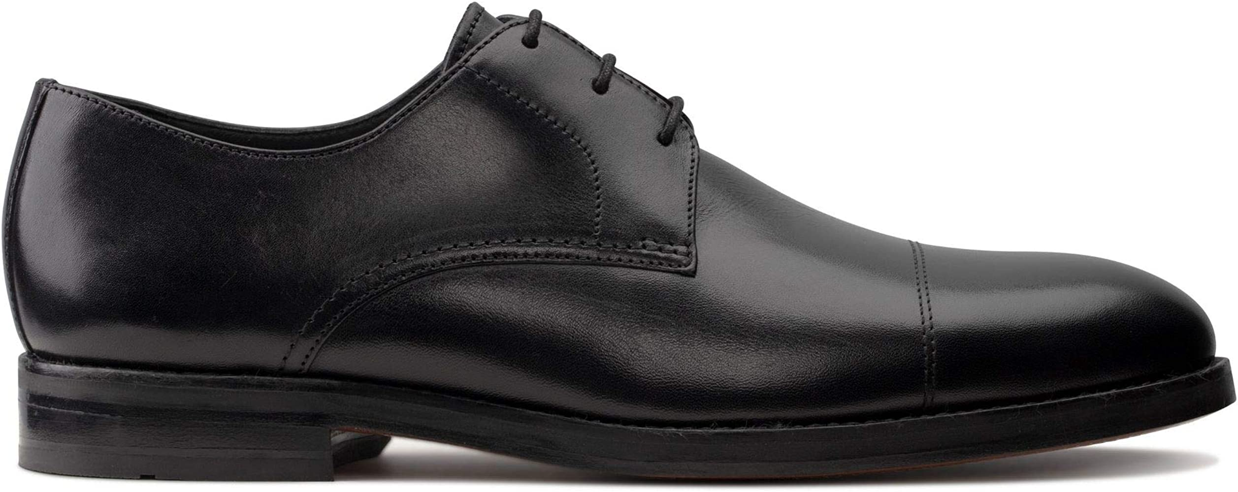 Clarks Hold Cap Black Leather Shoe