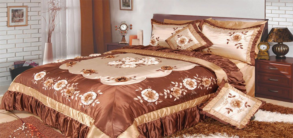 DaDa Bedding BM6002 Bronze Flowers Polyester Patchwork 5-Piece Comforter Set, King, Dark Brown