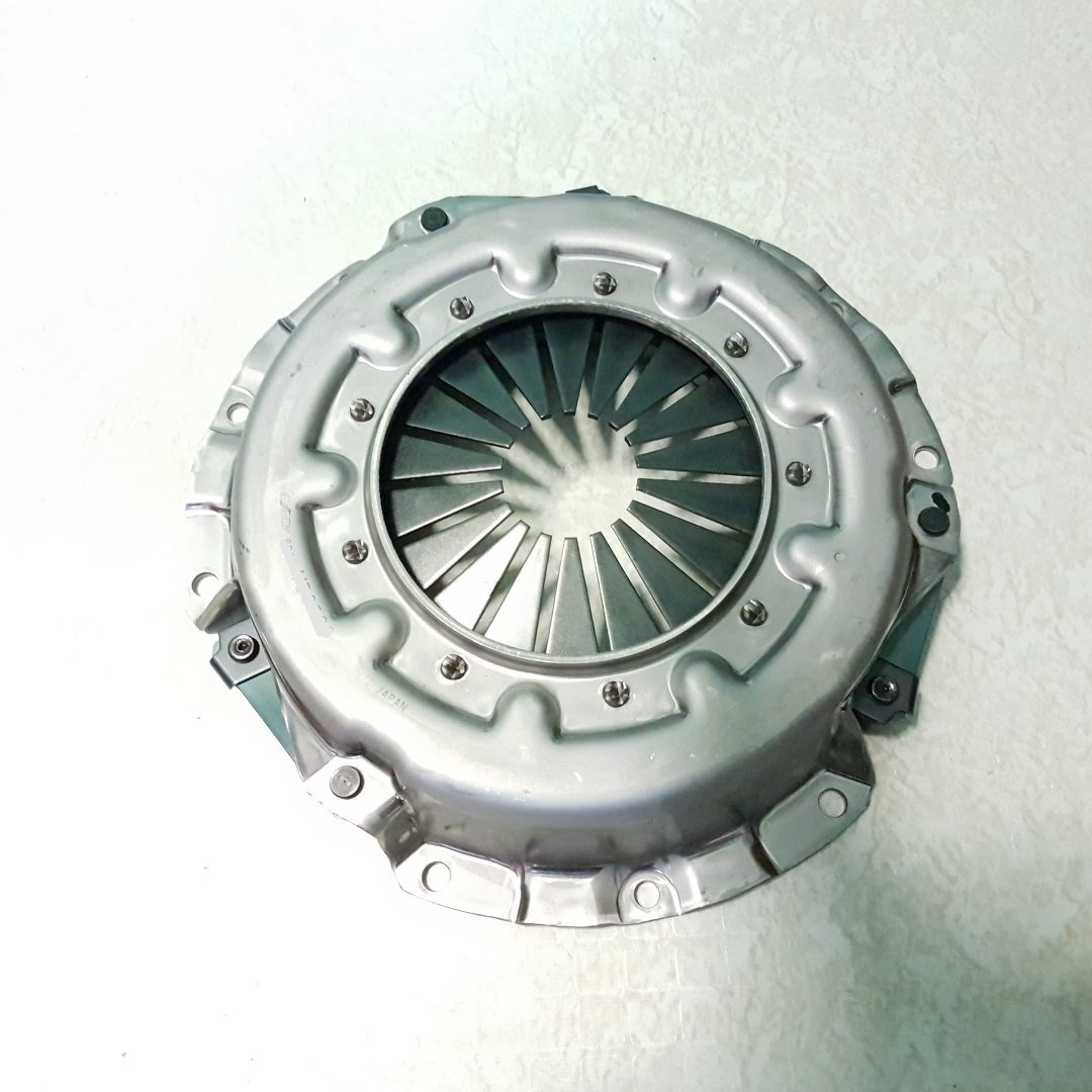Amazon.com: Clutch Cover Pressure Plate 4D55 4D56 L300 L200 Pajero Shogun: Automotive