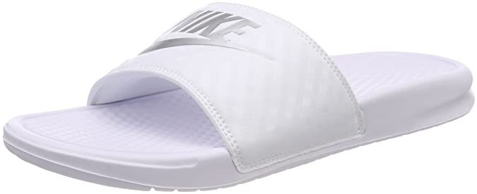 Review NIKE Women's Benassi Just