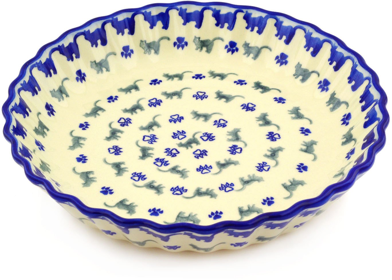 Polish Pottery 9¾-inch Fluted Pie Dish (Boo Boo Kitty Paws Theme) + Certificate of Authenticity