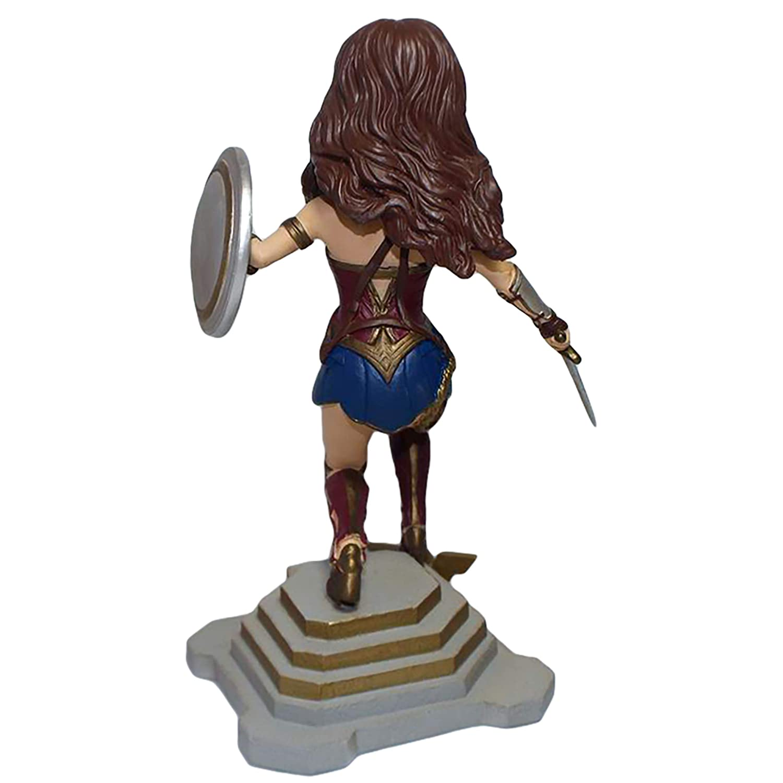 FOCO Justice League Character Bobble Wonder Woman BHENTJLMWW