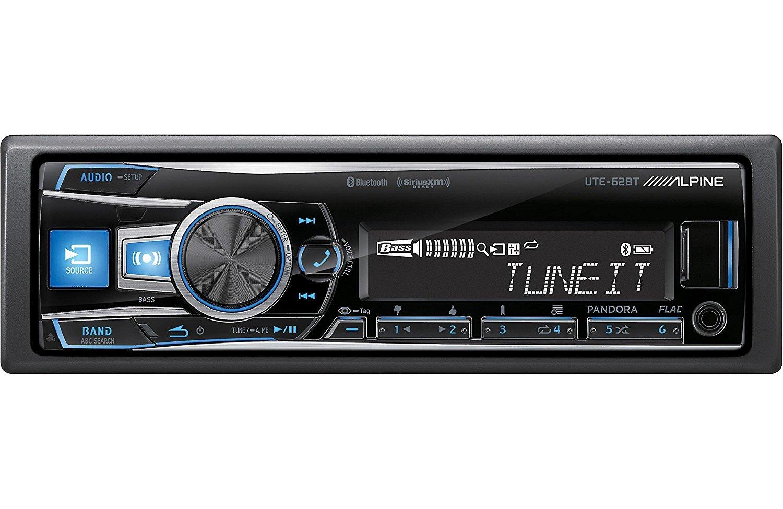 UTE-62BT - Alpine In-Dash Single DIN Digital Media Receiver (does not play discs) [並行輸入品] B076CRVWY7