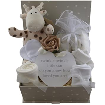 01ad36cb4acc Baby gift basket baby gift hamper unisex neutral packed twinkle keepsake box  baby shower gift new baby gift boy girl  Amazon.co.uk  Baby