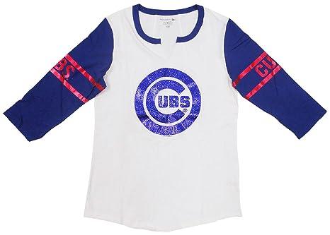 wholesale dealer 4f486 a3d8a Amazon.com : Chicago Cubs Women's 3/4 Sleeve V-Notch Slub ...