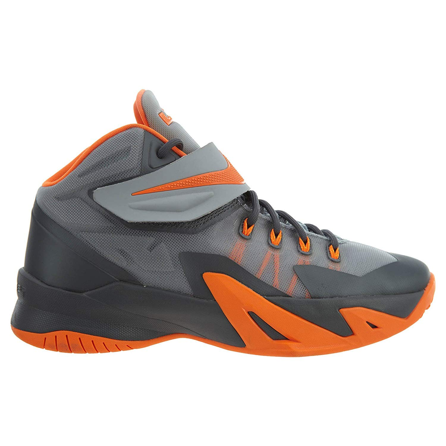 9cd3401d024 Soldier Viii Gs 8 Lebron James Youth Basketball Shoes 653645-010 (6y)   Amazon.co.uk  Shoes   Bags