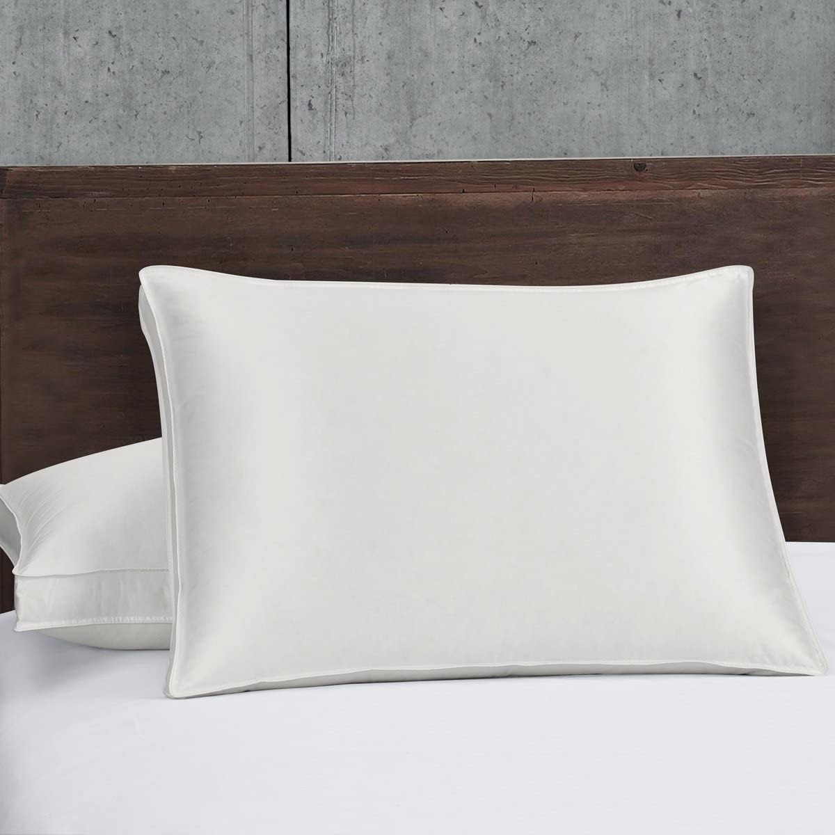 Royal Hotel Abripedic Silk Goose Down Pillow - 450 Thread Count Cotton-Silk-Blend Shell, Standard/Queen Size, Soft, 1 Single Pillow