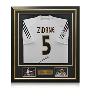 Zinedine Zidane Real Madrid 2004-05 camiseta de fútbol Firmado Enmarcado Deluxe (oro embutido