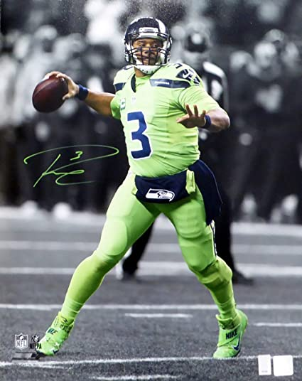 competitive price 59cac 18b69 RUSSELL WILSON AUTOGRAPHED 16X20 PHOTO SEATTLE SEAHAWKS ...