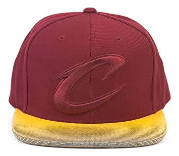 Cleveland Cavaliers NBA Mitchell   Ness ciudad Undervisor ajustable Gorra d6ed1f46532