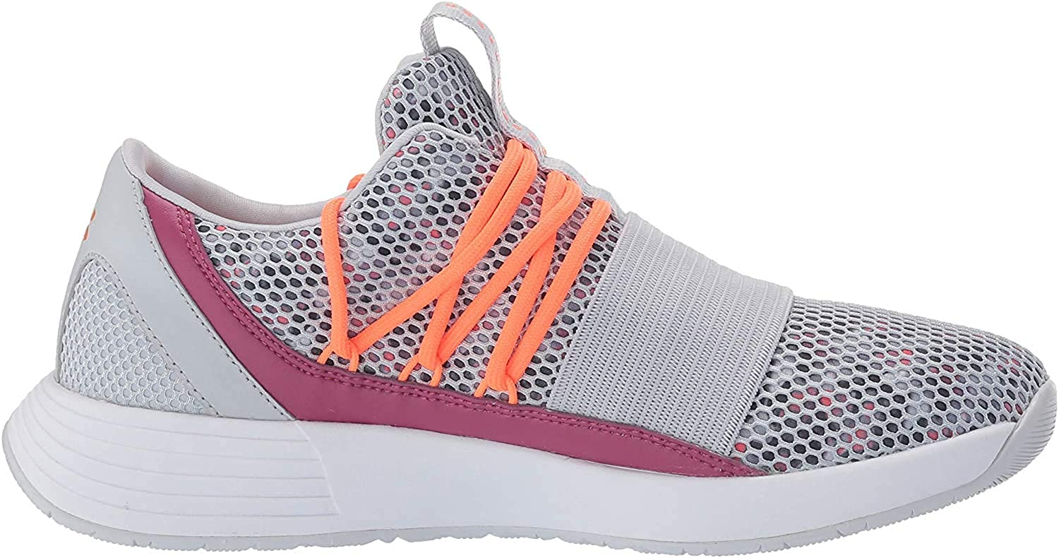 Under Armour Womens Breathe Lace Sneaker