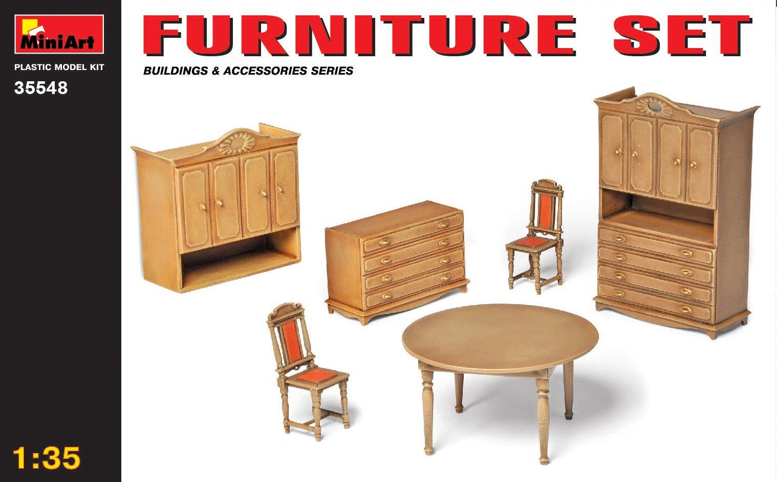 1:35 Furniture Set Model Kit