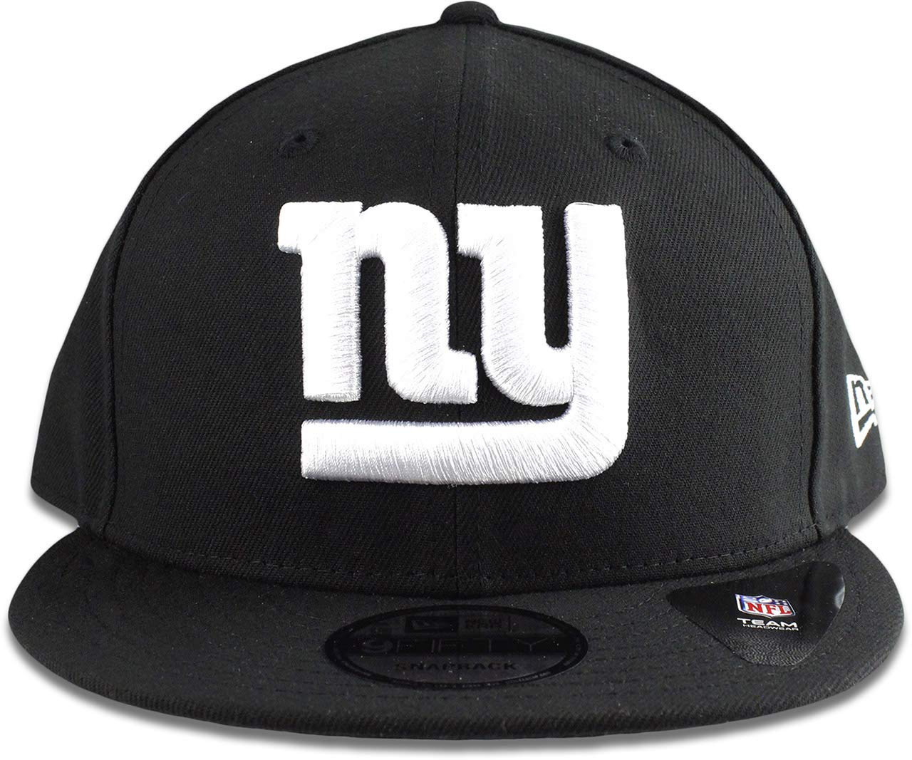 269588261f4e0 Amazon.com   New Era New York Giants Hat NFL Black White 9FIFTY Snapback  Adjustable Cap Adult One Size   Sports   Outdoors