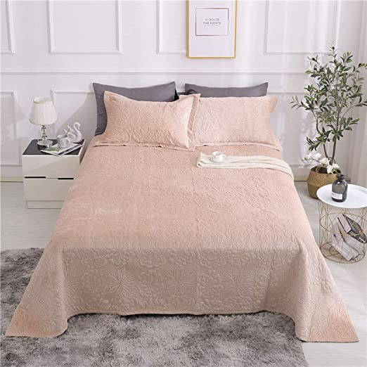 Amazon Com Cxlt Flannel Bedspreads Throws King Size Winter Quilted Coverlets Thickening Bed Sheet 3 Piece Bedding Nap Blanket Comfortable Summer Quilt Comforter 230x250cm With 2 Pillowcases 50x70cm Home Kitchen