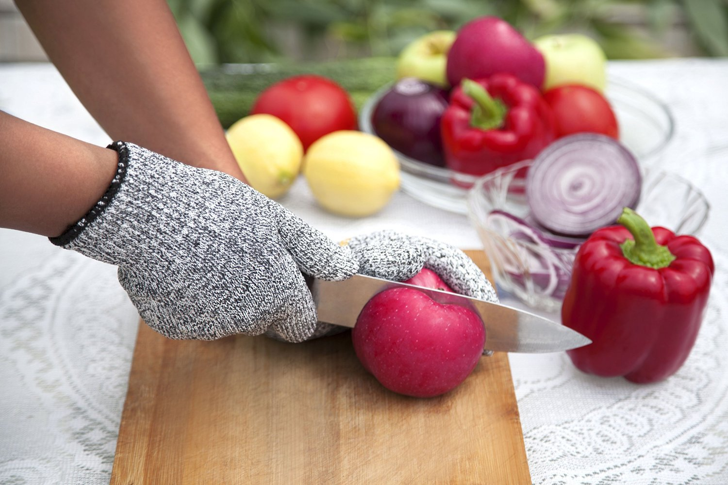YiZYiF Cut Resistant Gloves Best Food Grade Kitchen Level 5 Cut Protection Knit Safety for Cooking, Working, Wood carving by YiZYiF (Image #4)