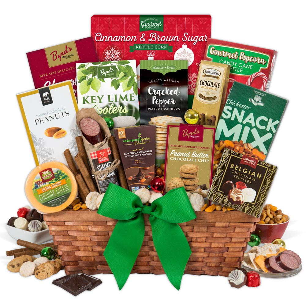 Amazon.com : Christmas Gift Basket ClassicTM : Gourmet Snacks And ...