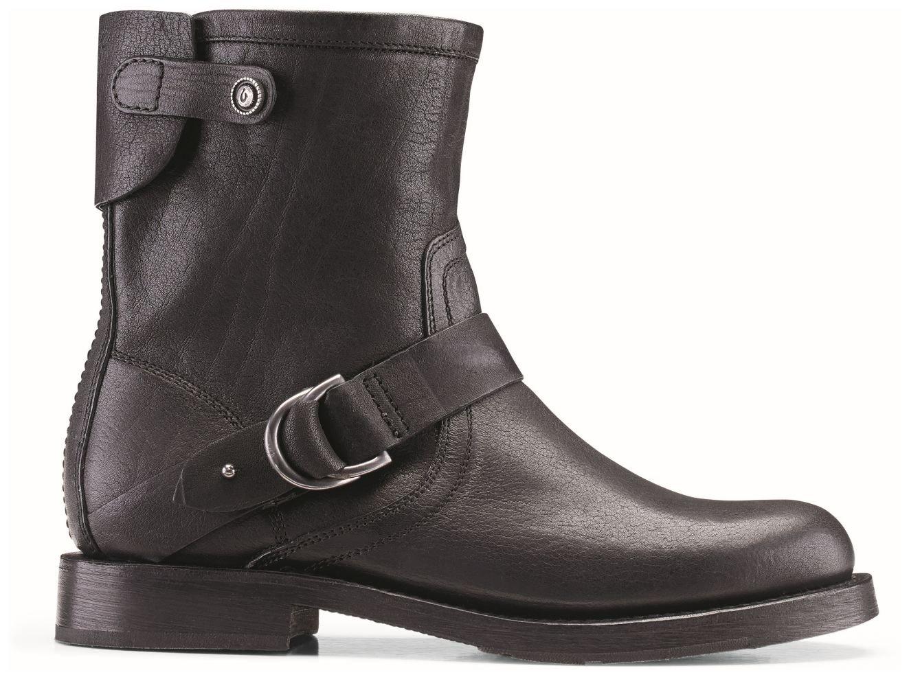 OluKai Nahuku Short Boot - Women's Black 8