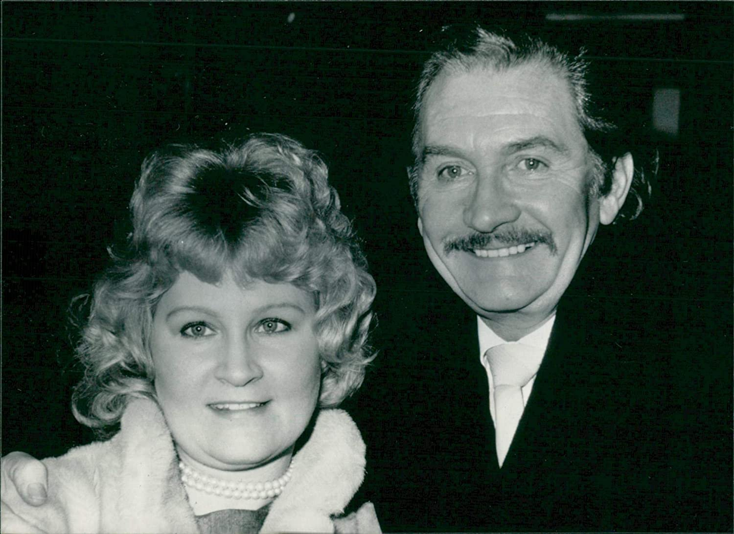 roy dotrice beauty and the beast