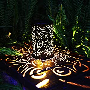 Solar Lantern Outdoor Light Solar Hanging Lanterns Retro Metal Solar Lantern with Handle Garden Decor Table Lights for Patio Yard Pathway (Bronze)