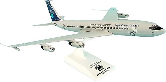 Daron SKR707 Skymarks American 707 1//150 Model Kit